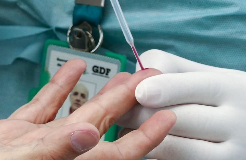 Testar, rastrear, acompanhar e fazer quarentena em todos os novos casos de coronavírus no DF